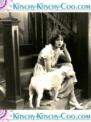 Clara Bow bow wow