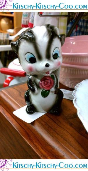 vintage skunk figurine